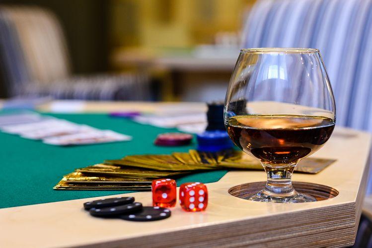 whiskey-bar-arte-spa-&-park-hotel-4