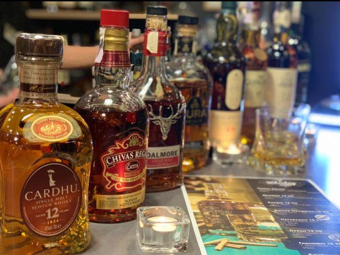 whiskey-night-lobby-bar-arte-hotel-velingrad